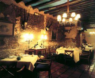Cursos gratuitos de operaciones básicas de restaurante y bar (30 abril y 6 de mayo)