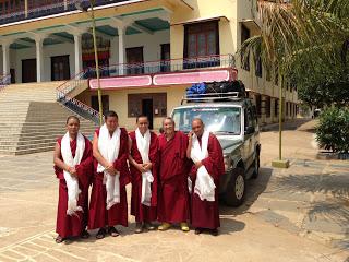 Cena tibetana (martes, 30)
