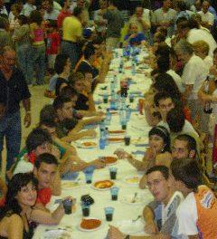 Concurso de comedores de albóndigas (sábado, 31)