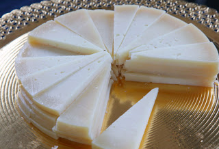 Cata de quesos maridada en la Gastroteca (lunes, 23)