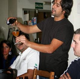 Cata solidaria de cervezas artesanas (domingo, 10)