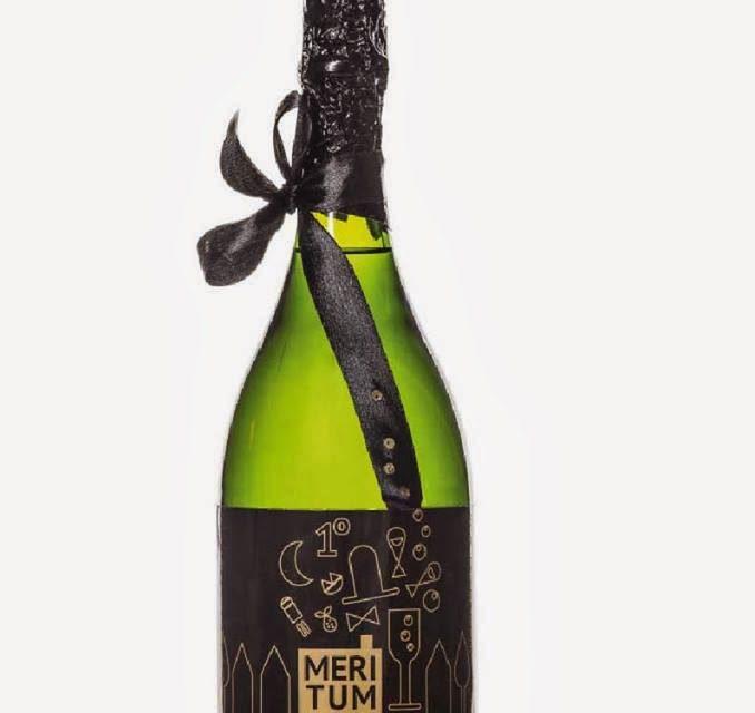 Exposición de botellas decoradas de Freixenet (del 24 de febrero al 1 de marzo, y del 4 al 11 de marzo)