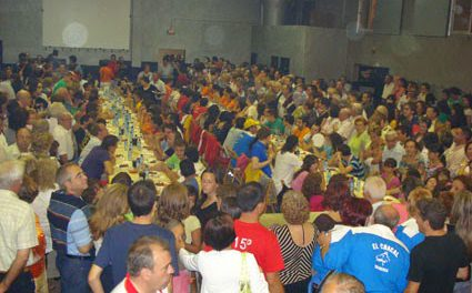 Concurso de comedores de albóndigas (sábado, 30)