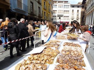 BARBASTRO. Fiesta del crespillo (domingo, 13)