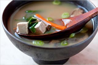 Taller de sushi y sopa miso (lunes, 21)