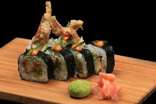 Taller de sushi y ensalada wakame (sábado, 4)