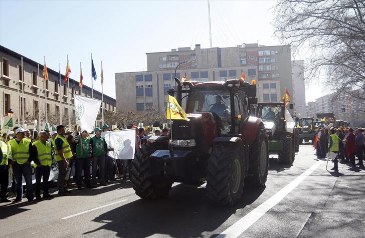 Tractorada (miércoles, 5)