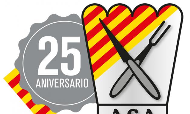 La Asociación de Cocineros de Aragón presenta el libro sobre sus 25 años