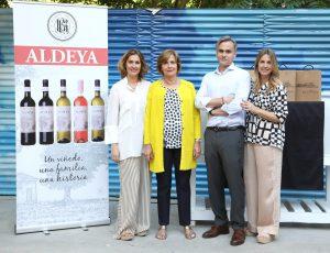 La familia Ramón Reula en la presentación de la nueva gama Aldeya. FOTO: Cortesía de Agencia Almozara.