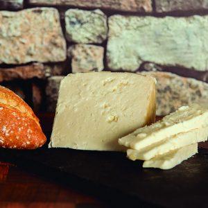 Capricho-añejo queso de Guara