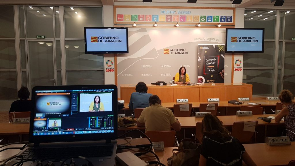 La directora general de Promoción e Innovación Agroalimentaria, Carmen Urbano, durante la rueda de prensa celebrada en el Edificio Pignatelli.