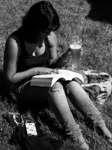 CER cerveza y literatura BN INT